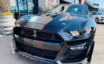 MUSTANG Shelby GT500 inkl. exklusive Armbanduhr von Maurice de Mauriac / Chrono Modern Le Mans Lucky Number (Coupé)